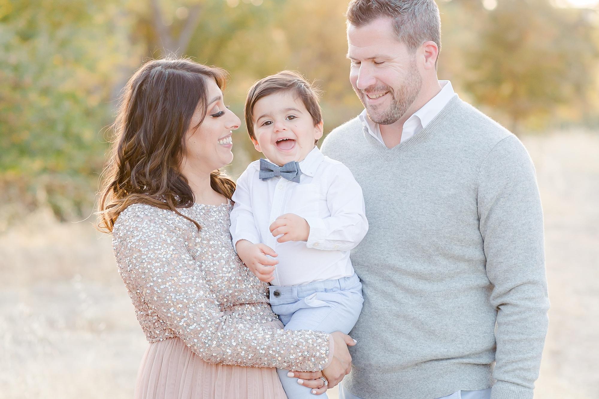 Sacramento Family Maternity Photo Session